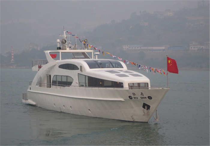 酷玩直播体育造船公司建造的牡丹号游艇